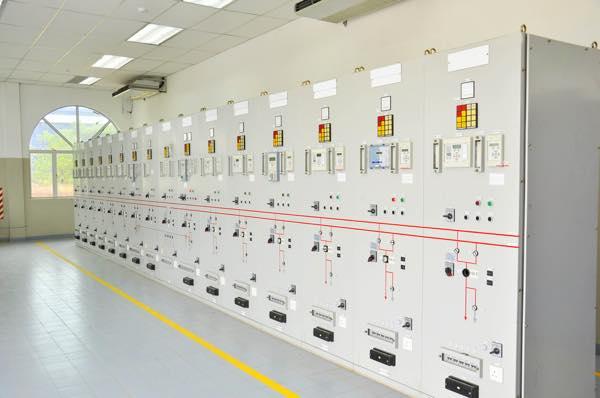 電力設備を筆頭に官公庁、一般と多岐に渡り、発変電所電気設備、保護裝置試験、高圧受変電設備、各メンテナンス等、幅広く奥深い高度な技術力でサポート